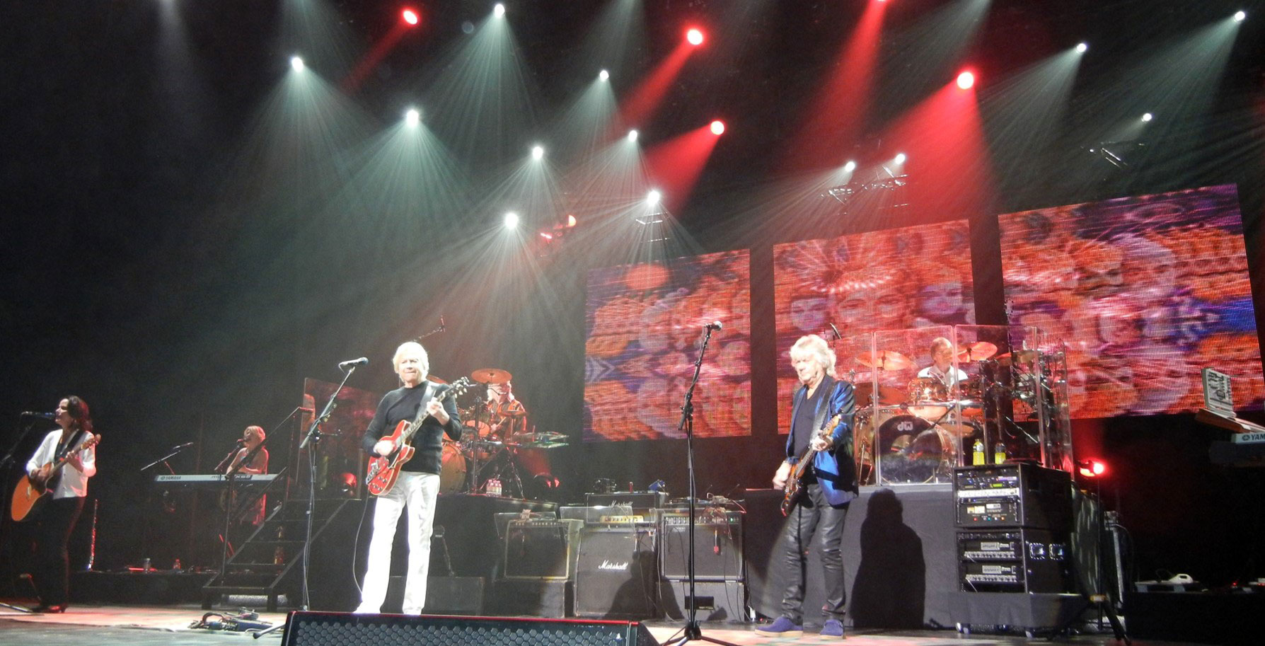 The Moody Blues – Nights in Las Vegas ‹ The Combustibles